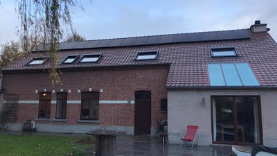 7 | 17x REC 320WP Full black te Boortmeerbeek